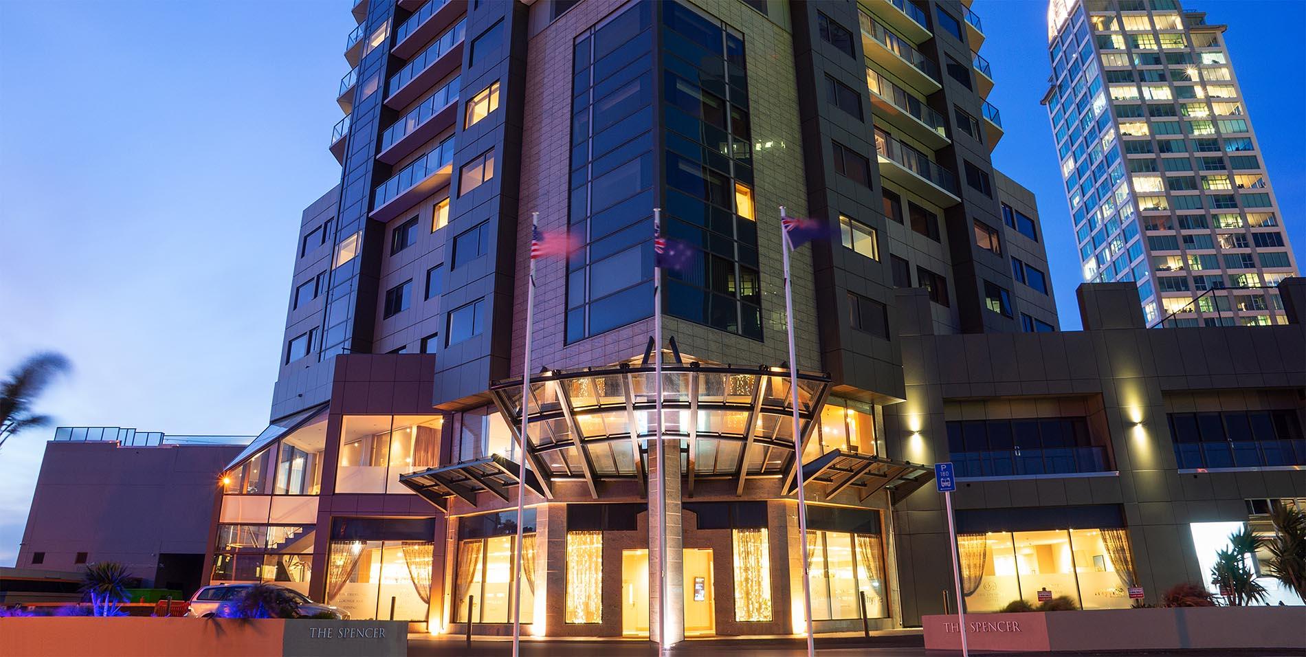 The Spencer Hotel, Takapuna Hotel, Exterior at dusk slideshow rs