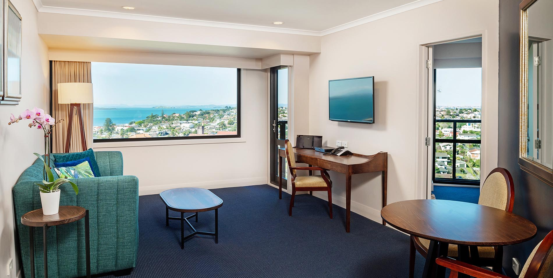 The Spencer Hotel, Takapuna Hotel, Spencer Hotel One Bed Balcony Lounge Slideshow HD