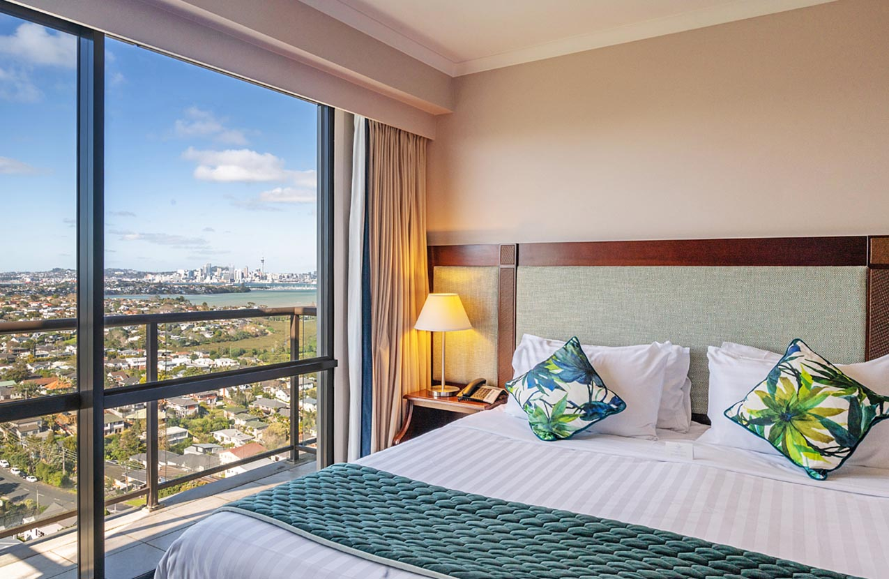 Spencer Hotel One Bed Suite With Balcony With View Bedroom