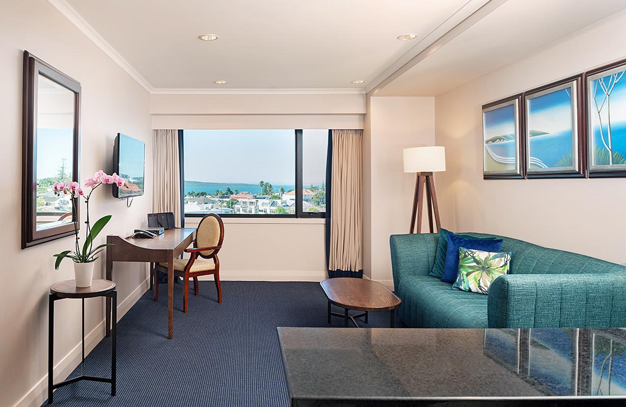 Spencer Hotel One Bed Suite